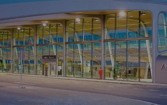 Portfolio cabecera aeroportuario Aeropuerto de León