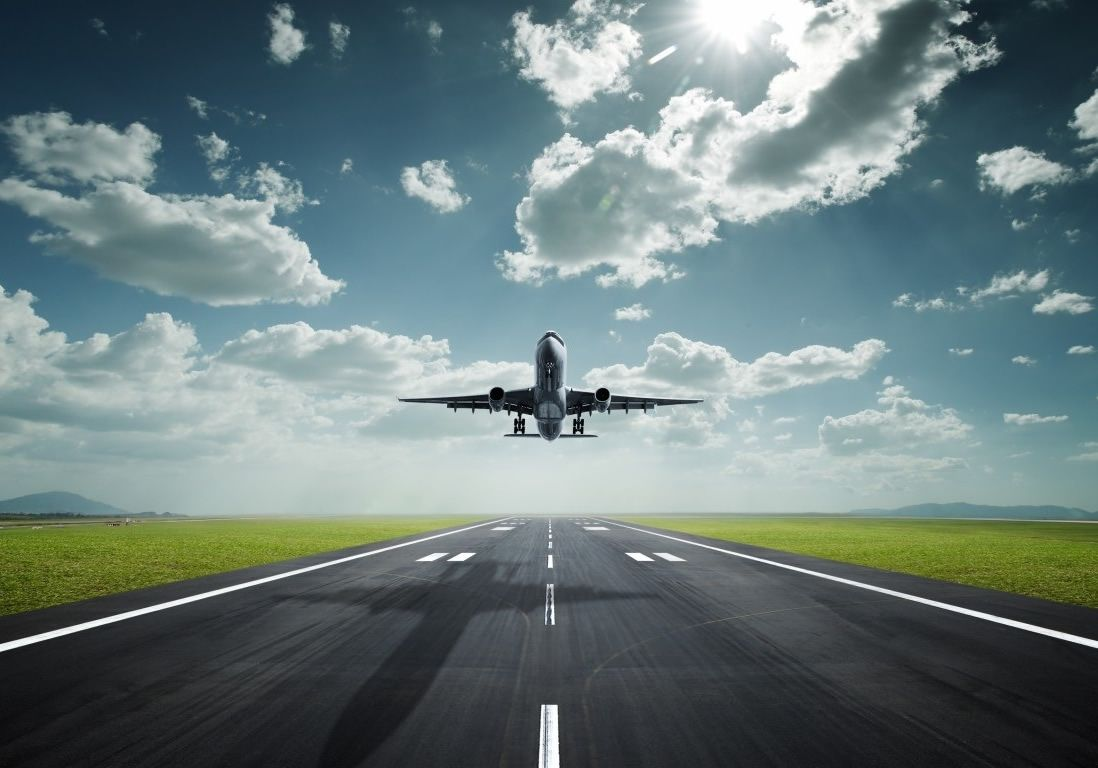 aeropuerto-aterrizaje-avion